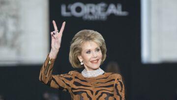 PHOTOS – A presque 80 ans, Jane Fonda en robe tigresse, enflamme les Champs-Elysées!