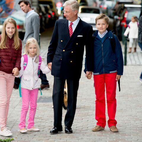 Photos – Les enfants de Philippe et Mathilde de Belgique font leur rentrée