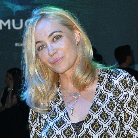PHOTO – Emmanuelle Béart sans maquillage: l'actrice rayonne