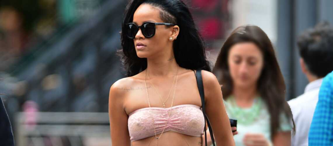 T'as le look de plage… Rihanna!