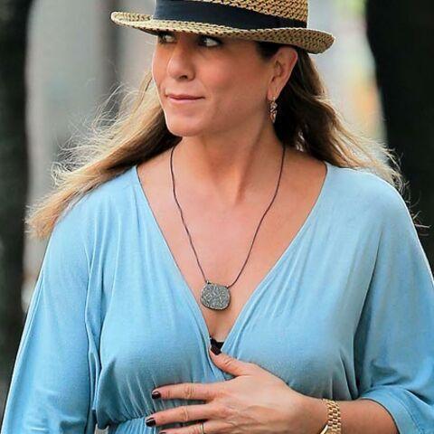 Cinq raisons de penser que Jennifer Aniston est enceinte