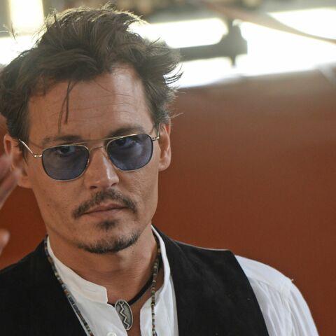 PHOTOS-Johnny Depp ruiné: Le détail de ses dépenses délirantes