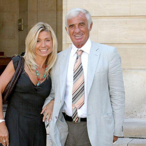 Jean-Paul Belmondo et Nattyvictimes d'un cambriolage
