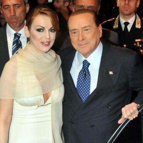 Silvio Berlusconi sans cavalière pour 2015