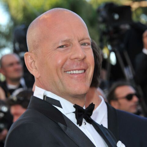 Photos – Bruce Willis, Jason Statham, chauves et sexy