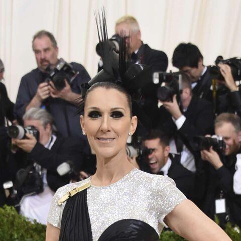 PHOTOS – Céline Dion: superbe dans une robe à la fente vertigineuse pour son premier Met Gala