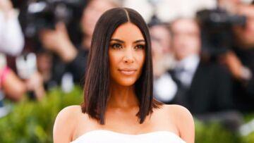PHOTOS – Kim Kardashian au Met Gala: après son agression à Paris, elle apparaît sans bijoux et sans Kanye West