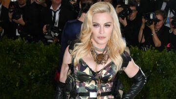PHOTOS – Madonna: selfies avant et après maquillage pour le Met Gala