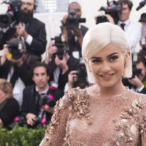 PHOTOS – Kylie Jenner: a-t-elle abusé de la chirurgie esthétique?