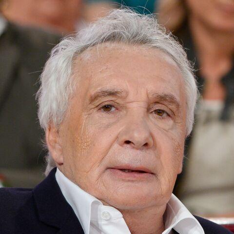 La nuit où Michel Sardou a appris que sa fille avait été violée, il a eu un accident de voiture et a terminé la nuit au poste