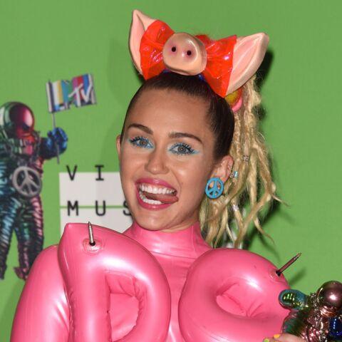 Miley Cyrus partage ses selfies les plus trash