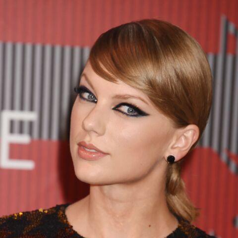 Taylor Swift soupçonnée d'encenser l'Afrique coloniale