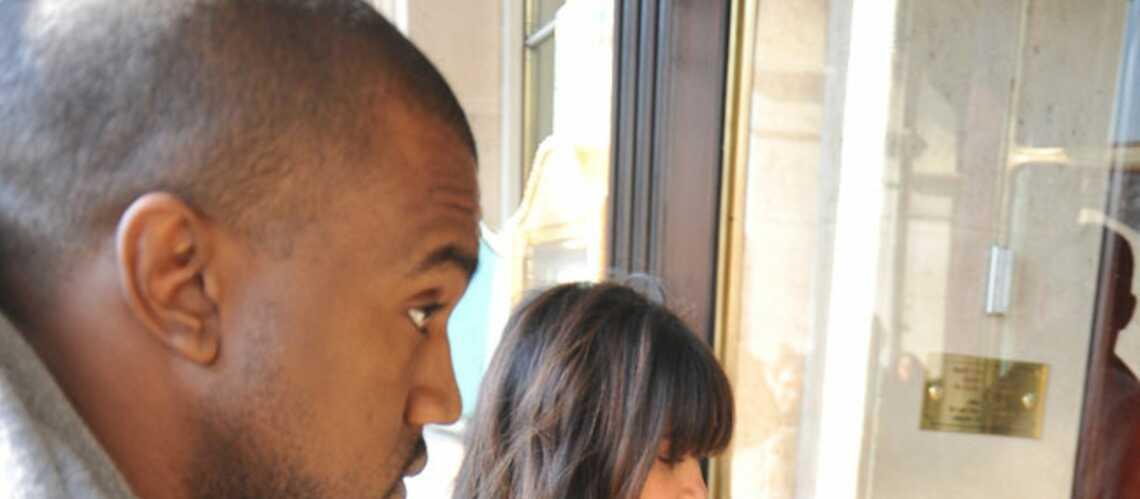 Kim Kardashian et Kanye West: en amoureux à Paris