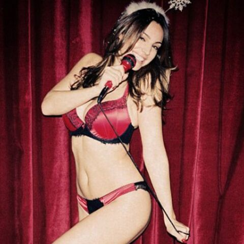 Kelly Brook, Cara Delevingne un peu de Love pour Noël