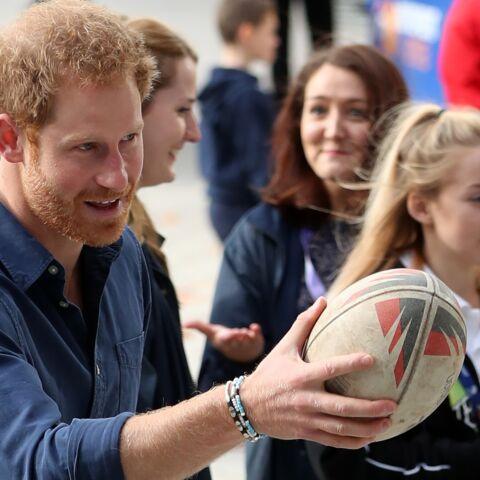 Le Prince Harry révèle avoir été le souffre-douleur de ses camarades d'école au rugby