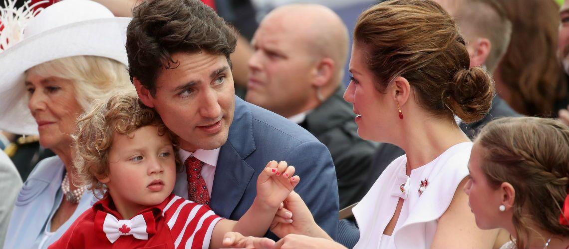 PHOTOS – Avec son adorable nœud-papillon, Hadrien, le fils de Justin Trudeau, éclipse son père