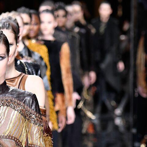 Paris Fashion Week – Maquillage goth et glam chez Balmain