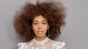 PHOTOS – Solange Knowles, en robe blanche, superbe au naturel chez Chloé