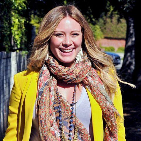 Hilary Duff présente son fils
