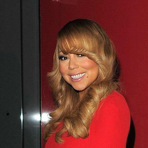 Mariah Carey a-t-elle oublié sa jupe?