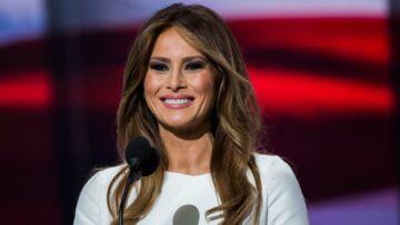 PHOTO – Melania Trump: maquillage nude, brushing glamour et polémique pour son portrait officiel à la Maison-Blanche