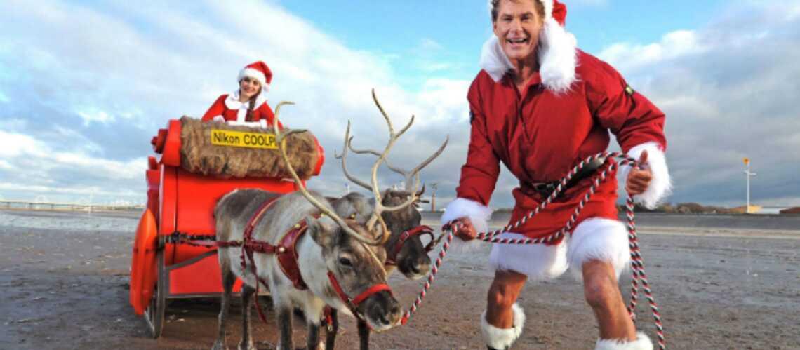 David Hasselhoff pose en père Noël
