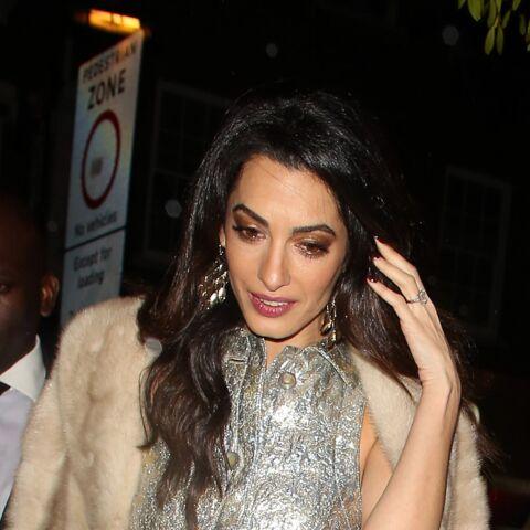 Amal Clooney, poupée bling
