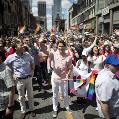 Photos – Justin Trudeau vedette de la marche des fiertés de Toronto