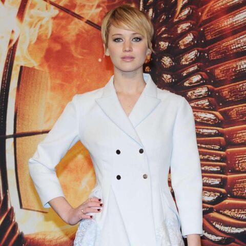 Jennifer Lawrence, Rihanna, Kate Moss… leur manteau blanc