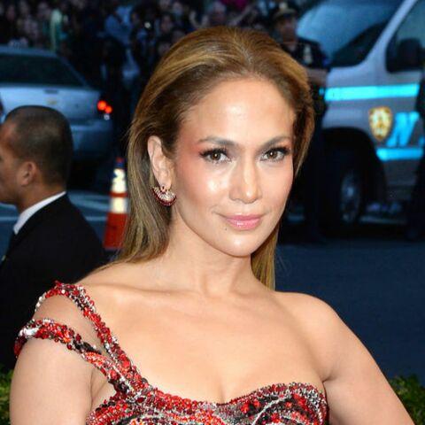 PHOTO – Jennifer Lopez, un selfie torride pour booster sa confiance en elle