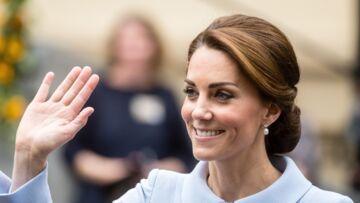 PHOTOS – Kate Middleton son look très politique qui fait jaser la presse allemande