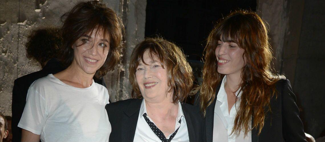 Jane Birkin: encore fragile, mais soutenue par ses filles Charlotte Gainsbourg et Lou Doillon