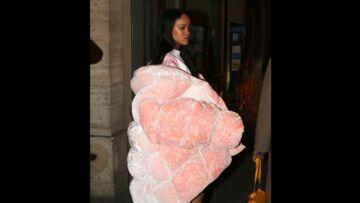 Pour ou contre le manteau-couette de Rihanna?