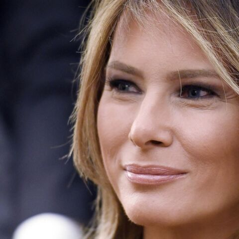 PHOTOS – Récidiviste Melania Trump a encore sorti ses talons pour rendre visite aux sinistrés à Porto Rico