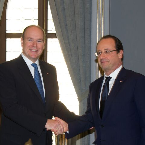 Albert de Monaco défie François Hollande au Ice Bucket Challenge