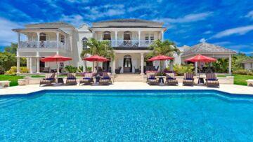 Brad Pitt et Angelina Jolie, Rihanna, Carla Bruni: leurs folles maisons de vacances