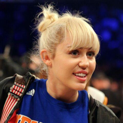 Miley Cyrus agressée par un chat