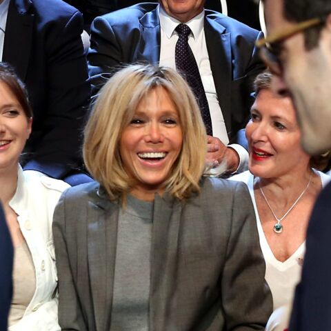 "PHOTOS – Brigitte Macron : pour le Vogue anglais, elle va ""révolutionner le style First Lady"""