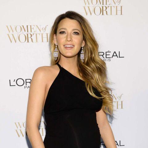 Blake Lively, enceinte et sexy pour la soirée Women of Worth