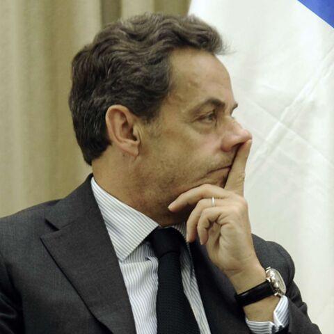 Nicolas Sarkozy obligé de faire la manche sur Facebook