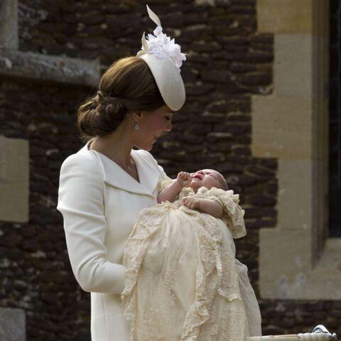 Princesse Kate: look immaculé pour le baptême