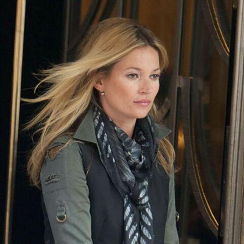 Kate Moss ou l'art du foulard