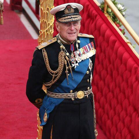 Agacé, le prince Philip s'en prend à un photographe