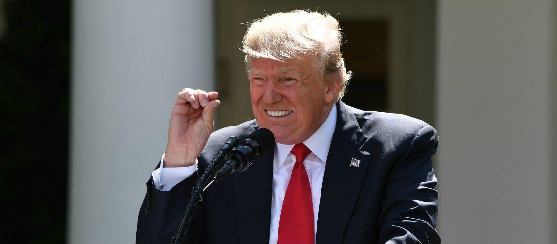 Donald Trump ridiculisé: du papier toilette à son effigie
