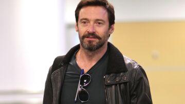 Vidéo – Hugh Jackman a failli se couper le pénis avec ses griffes de Wolverine
