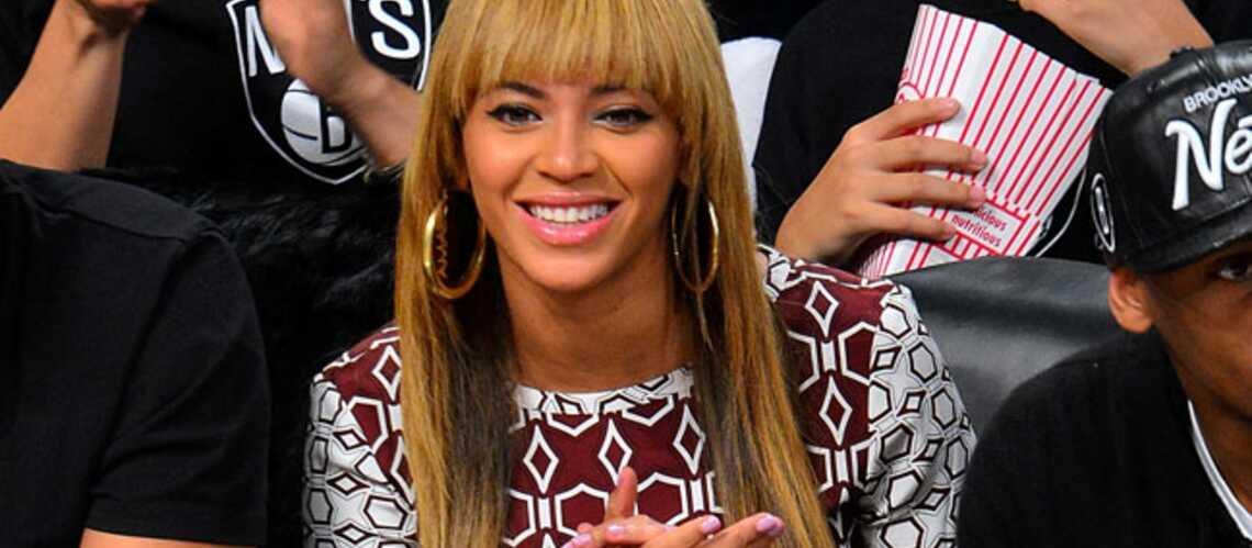 Beyoncé, très en beauté pour assister à un match de la NBA