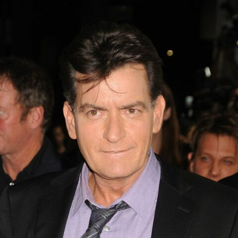 Charlie Sheen: l'assistante dentaire le met sur les dents
