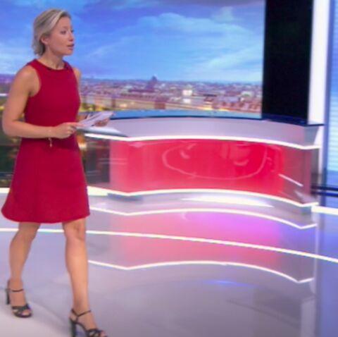PHOTOS – Anne-Sophie Lapix: son look, en petite robe rouge, pour son premier JT sur France 2 décrypté