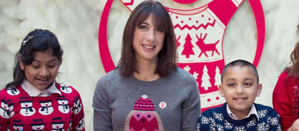 Photos – Un pull de Noël comme Samantha Cameron