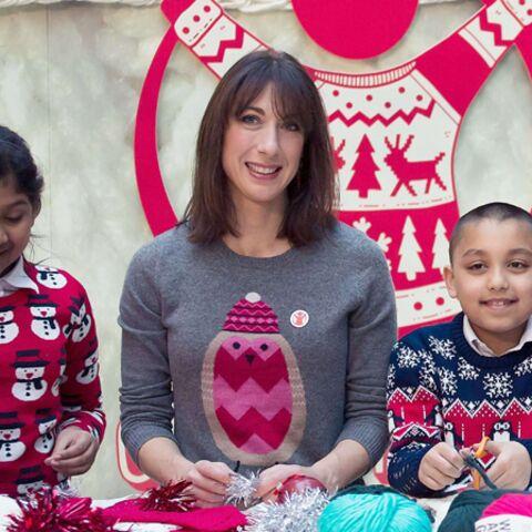 Photos – Un pull de Noël comme Samantha Cameron
